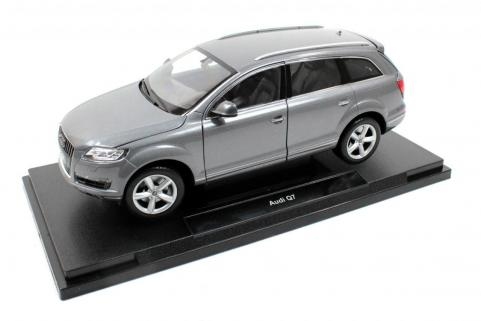 Welly Audi Q7 2010 Die-Cast Metal Araba Maketi