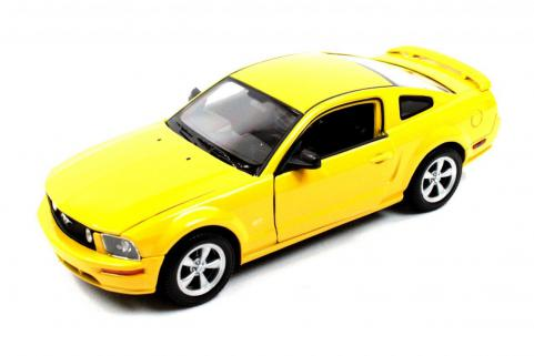 Welly 1/24 Ford 2005 Mustang GT Die-Cast Metal Araba Maketi